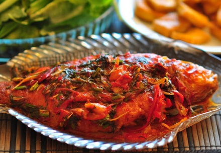 Cách chế biến món cá diêu hồng sốt thơm cà chua, cach che bien mon ca dieu hong sot thom ca
