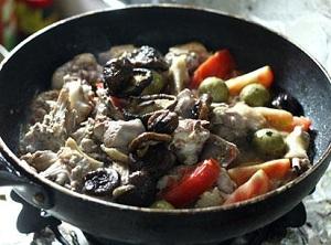 Cách làm món vịt om sấu chua mát mùa hè, cach lam mon vit om sau chua mat ngay he