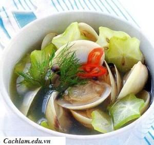 Cách làm món canh nghêu nấu khế chua, cach lam mon canh ngheu nau khe chua