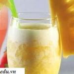 Hướng dẫn làm sinh tố dứa dừa ngọt mát hấp dẫn