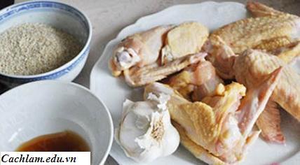 Sơ chế nguyên liệu làm cánh gà chiên vừng, so che nguyen lieu lam canh ga chien vung