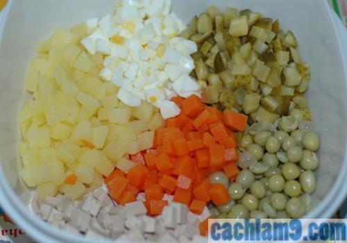 Cách làm Salad Nga tại nhà