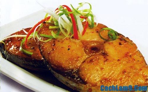 Hướng dẫn cách làm cá ngừ rim tỏi ớt