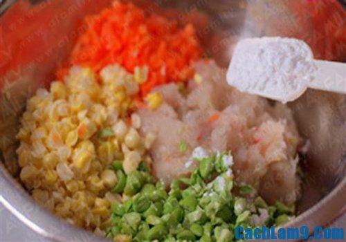 Cách làm chả tôm rau củ ngon