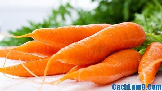 Chuẩn bị nguyên liệu làm bánh cà rốt chiên giòn