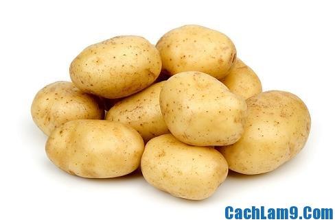 Chuẩn bị nguyên liệu làm khoai tây chiên giòn trộn phô mai