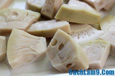 Sơ chế nguyên liệu làm mít trộn tôm thịt