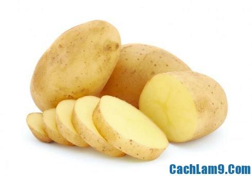 Chuẩn bị nguyên liệu làm bánh trứng khoai tây