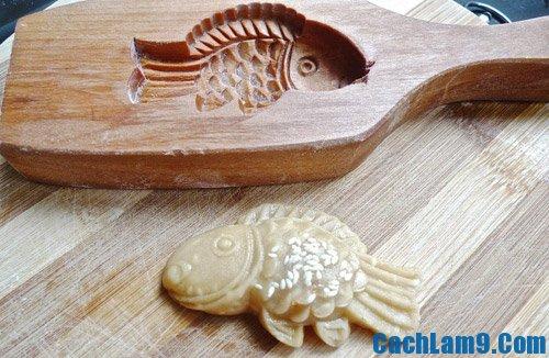 Hướng dẫn chi tiết cách làm bánh Trung thu hình con cá