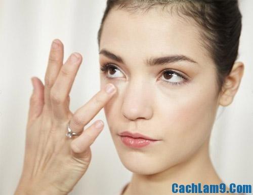 Cách làm hết thâm quầng mắt