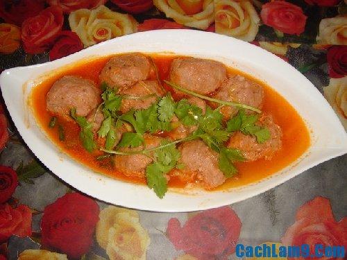 Thưởng thức xíu mại sốt cà chua cực ngon