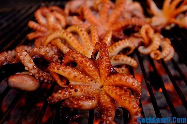 Hướng dẫn cách làm bạch tuộc nướng muối ớt