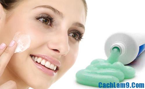 Cách trị mụn bằng kem đánh răng