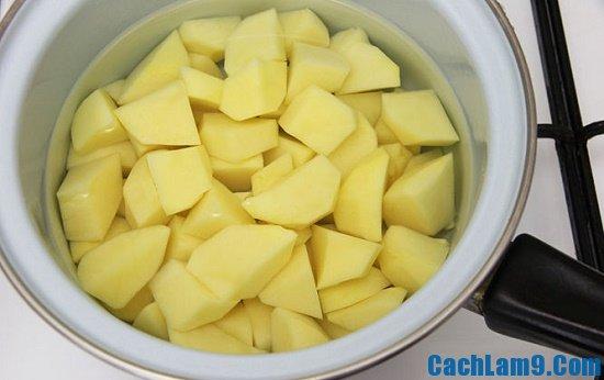 Nguyên liệu làm bánh cá hồi với khoai tây nghiền