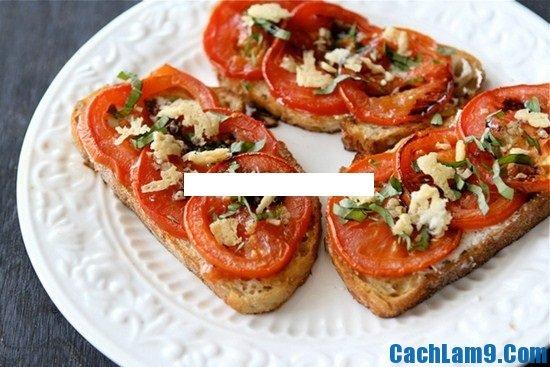 Cách làm bánh mì cà chua và phô mai dê