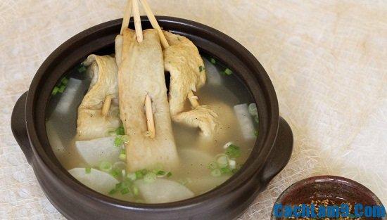 Cách nấu canh chả cá kiểu Hàn