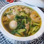 Cách nấu canh cua khoai sọ rau rút cực ngon cho bữa tối