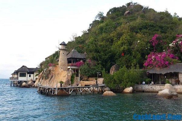 Những khách sạn chất lượng, đẹp, gần biển nên ở khi du lịch Bình Lập