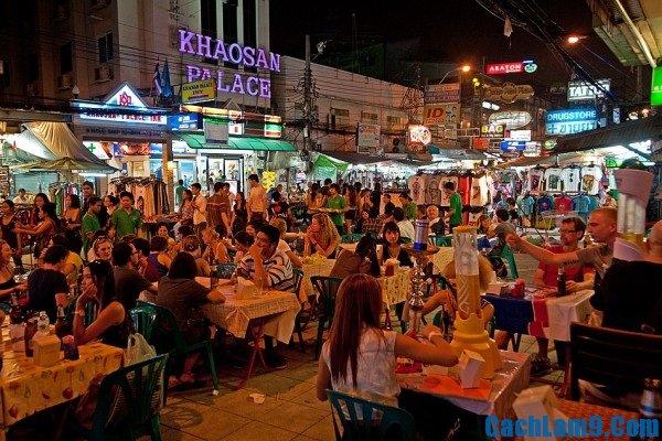 Khu chợ đêm nổi tiếng, đông đúc và nhộn nhịp nhất Bangkok