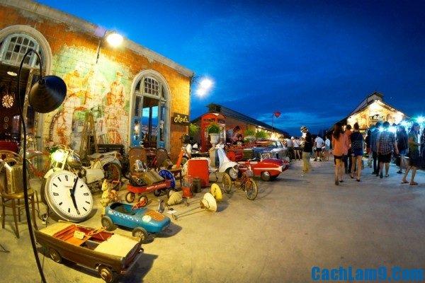 Khu chợ đêm thú vị và ấn tượng nhất Bangkok