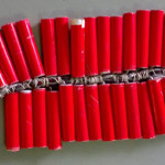 Cách làm pháo nổ bằng diêm