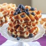 cach-lam-banh-waffle-