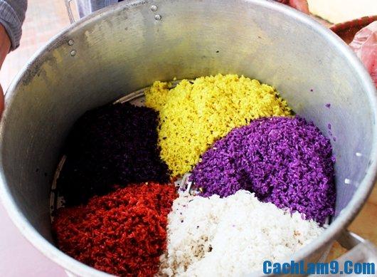 Thực hiện cách nấu xôi ngũ sắc thơm ngon đẹp mắt tại nhà