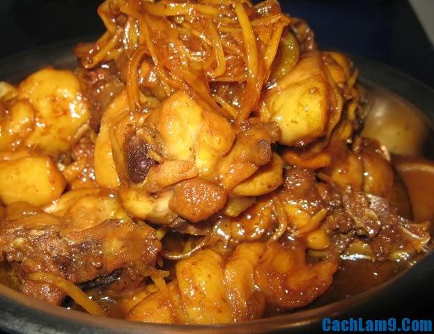 Thực hiện làm gà kho nghệ, thuc hien lam ga kho nghe: Quy trình nấu gà kho nghệ