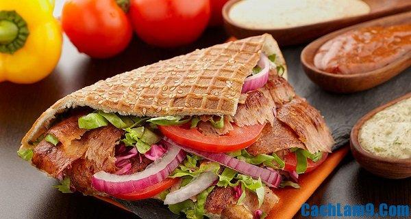 Cách làm bánh mì Thổ Nhĩ Kì ngon: làm bánh mì doner kebab như thế nào?