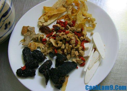 Hướng dẫn nấu lẩu gà thuốc bắc: Quy trình các bước nấu lẩu gà thuốc bắc