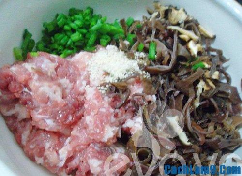 Hướng dẫn làm món thịt cuộn tía tô: Công thức tự làm thịt cuộn tía tô là gì?
