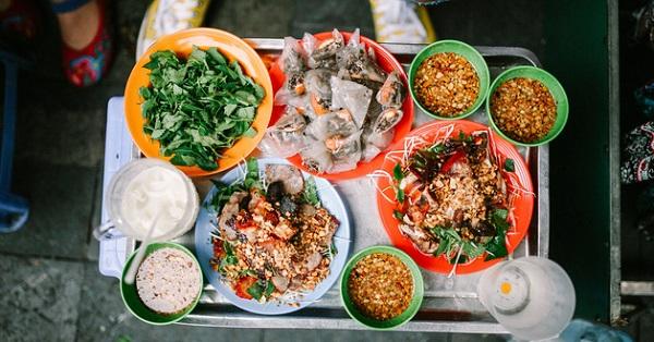 Địa chỉ ăn vặt ở Hà Nội ngon, nổi tiếng: Nộm bò khô Hoàn Kiếm