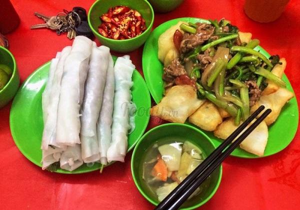 Địa chỉ ăn vặt ở Hà Nội ngon, nổi tiếng: Quán phở cuốn Ngũ Xã Hương Bền