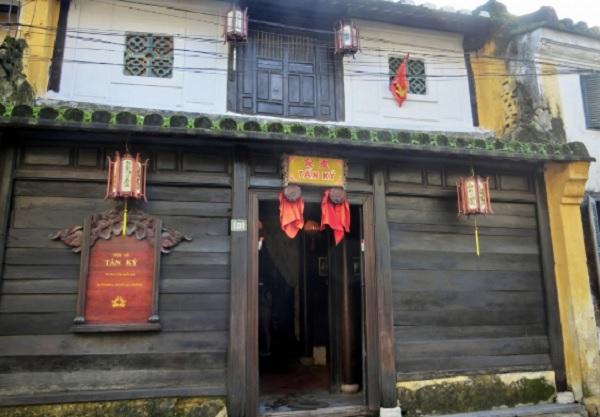 Địa điểm tham quan Hội An. Nhà cổ Tấn Ký. Địa điểm du lịch nổi tiếng ở Hội An