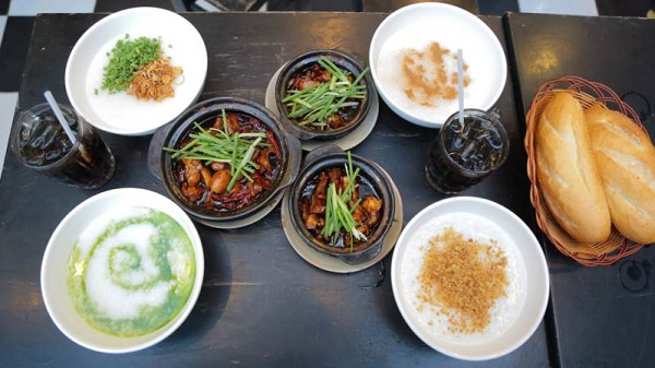 Kinh nghiệm du lịch Singapore nên ăn món gì ngon?Cháo ếch - món ăn đặc sản Singapore