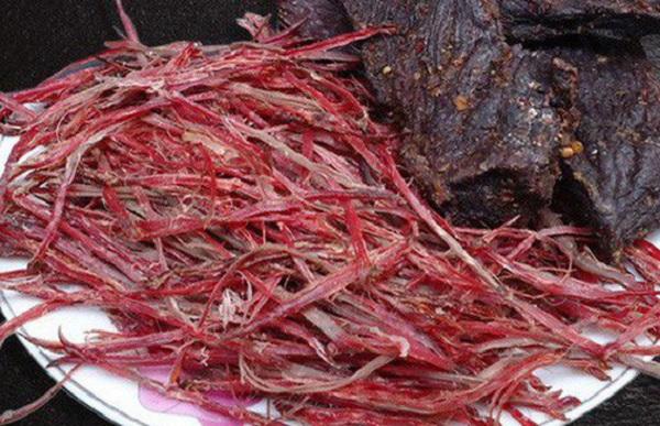 Những món ăn ở Sapa. Món ăn nổi tiếng ở Sapa. Thịt trâu gác bếp
