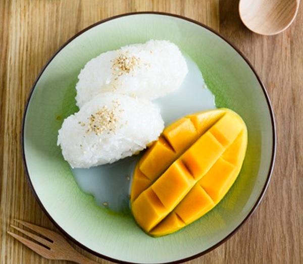 Những món ăn ở Thái Lan. Xôi xoài. Món ăn hấp dẫn ở Thái Lan