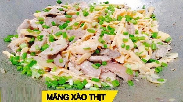 Chuẩn bị nguyên liệu và hướng dẫn cách làm thịt lợn xào măng