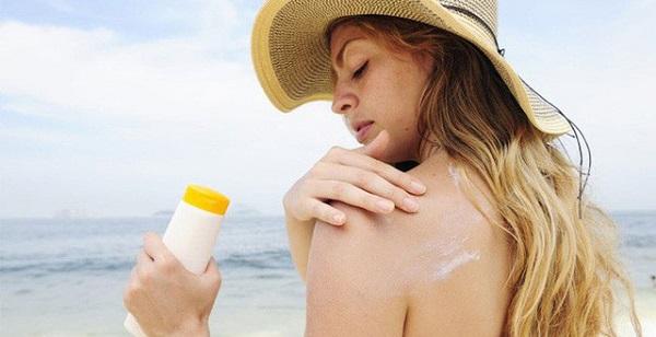 Lưu ý khi dùng kem chống nắng đúng cách, mang lại hiệu quả cao